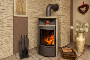 Un beau poêle à bois avec des flammes